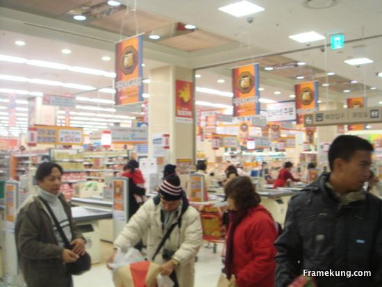 shopping กันให้กระจายครับ ของฝากที่เป็นของกิน อาหารแห้ง ซื้อที่นี่เลยครับ