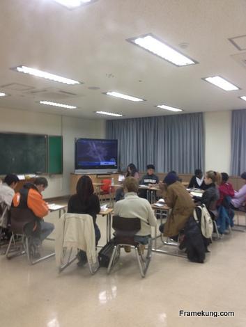 มาดูห้องอื่นเค้าเรียนกันมั่ง ห้องเรียนภาษาในมหาลัยนี้ แบ่งเป็นสองห้องครับ ทุนนี้จะแบ่งนักเรียนไปยัง 3 มหาวิทยาลัย ให้ไปเรียนภาษา ได้แก่ Ewha Woman's university, Kyung Hee university และมหาวิทยาลัยนี้ Sun moon university ครับ