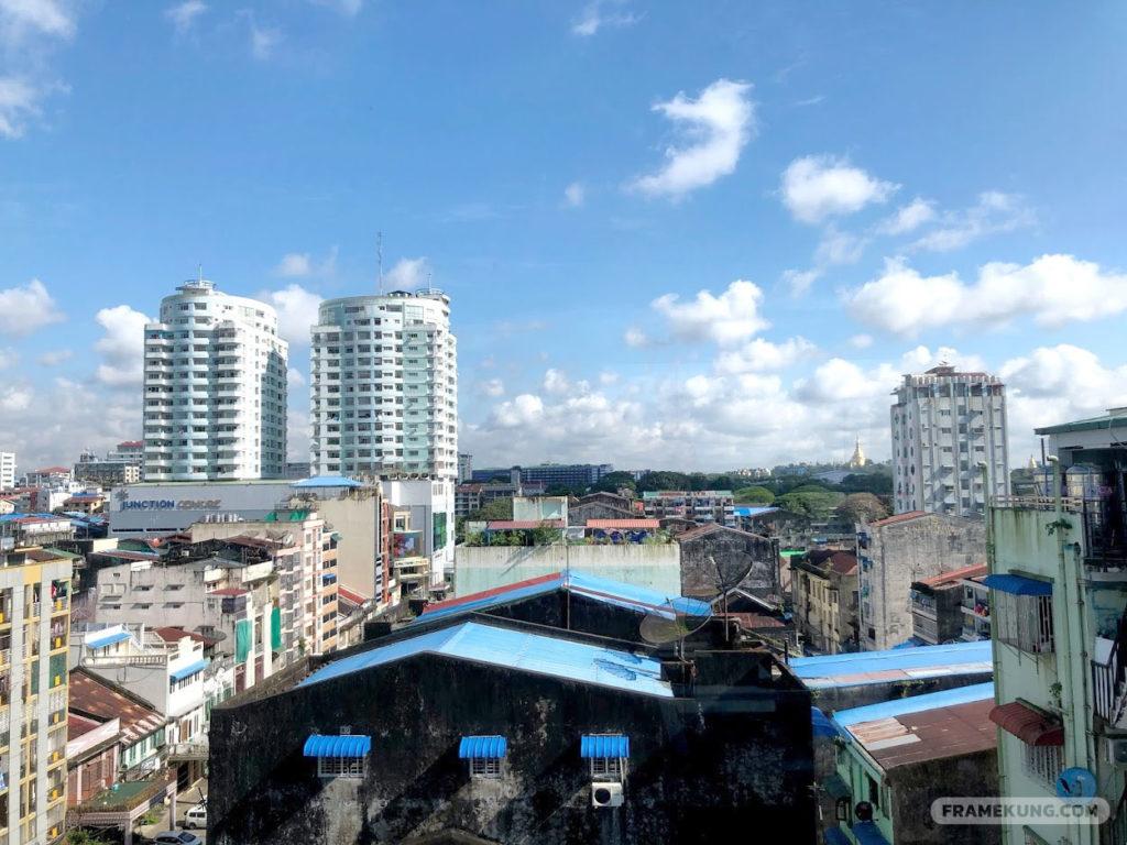 วิวจากโรงแรม The Hotel Mawtin Yangon, Myanmar